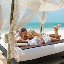 Hochzeitsreisen, Flitterwochen & Honeymoon