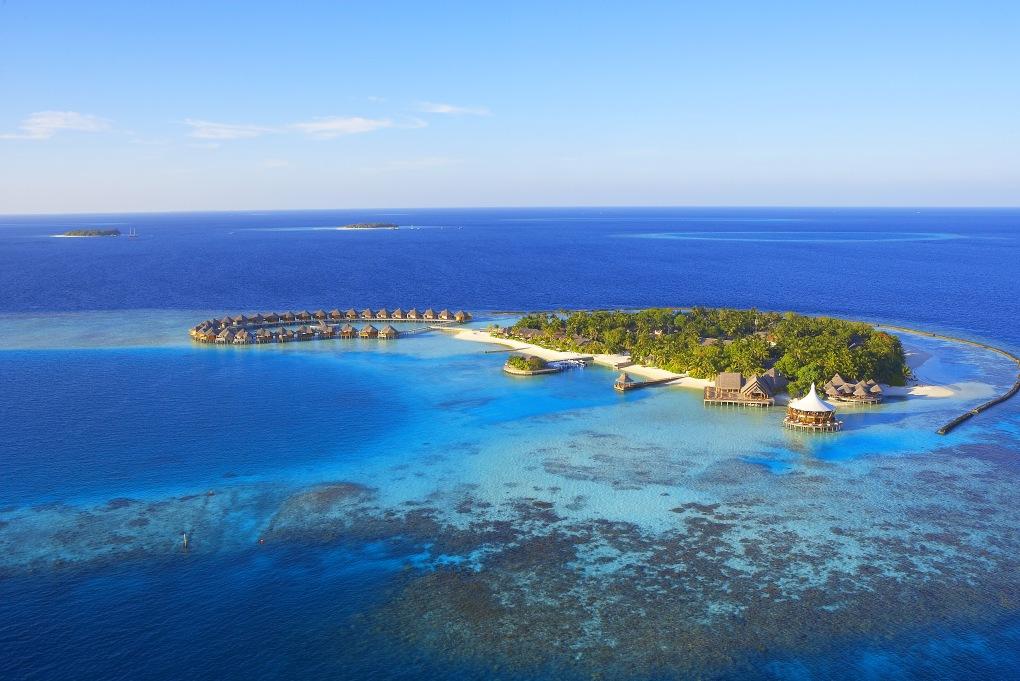 Baros - Malediven Hotel - Luxusresort Malediven - Romantikhotel - Strandvillen mit eigenem Pool
