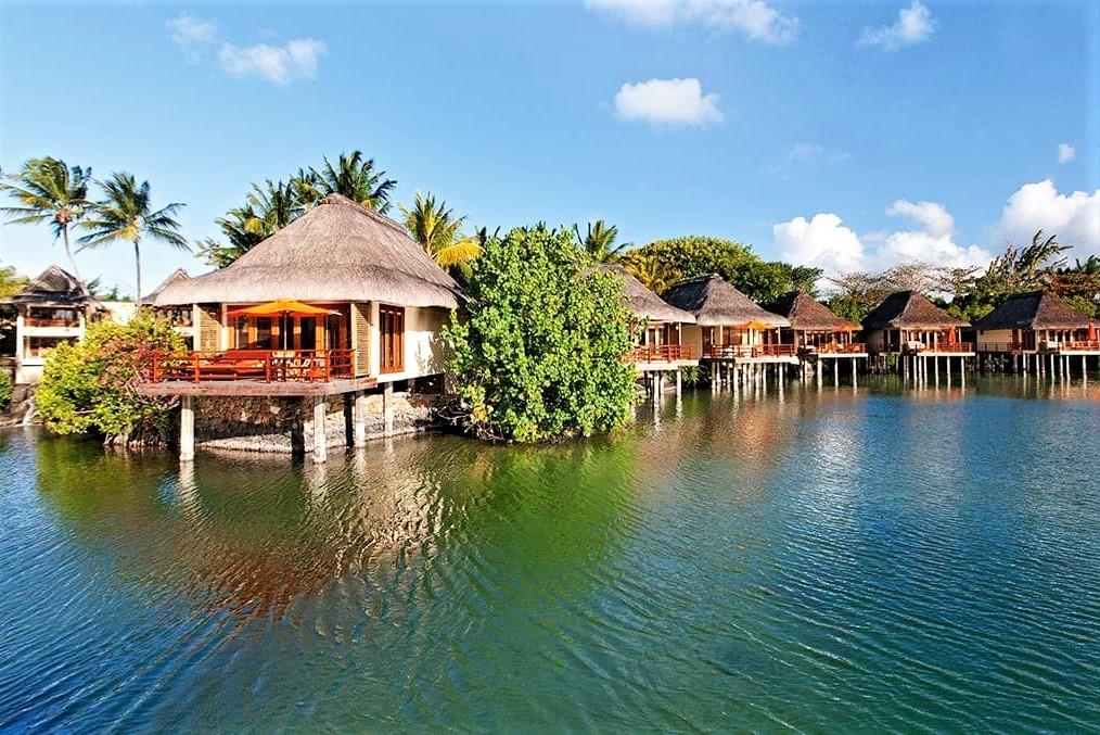 Mauritius Luxusreisen - Constance Prince Maurice - Luxuriöse Suiten über dem Wasser