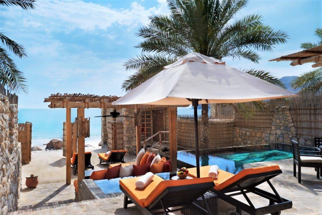 Oman Luxushotel - Six Senses Zighy Bay - Rustikales Luxusresort an spektakulärer Lage