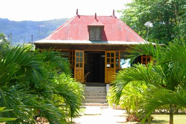 Seychellen Reisen - Hotel auf La Digue - Villa Creole - Bungalow