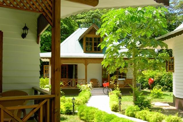 Hochzeitsreise Seychellen - Flitterwochen La Digue - Villa Creole