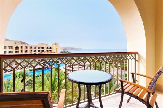 Shangri-La's Barr Al Jissah Resort & Spa - Al Waha