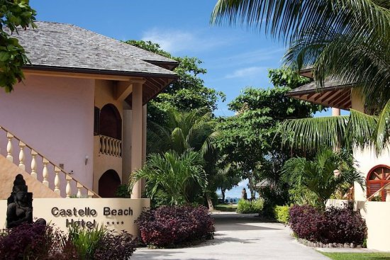 Castello Beach Resort
