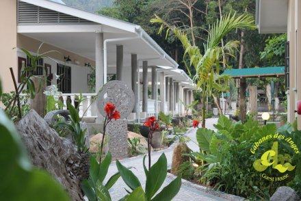 Cabanes des Anges Guesthouse